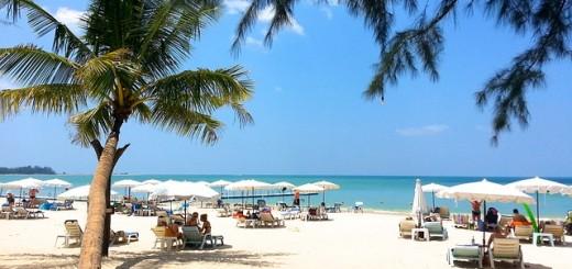 beach-261574_640