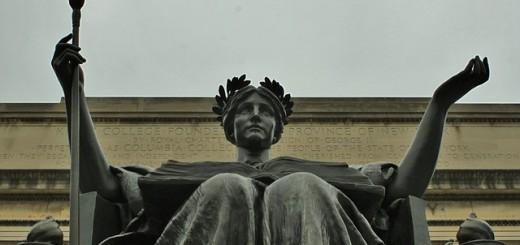 statue-216108_640